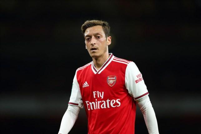 Emery ส่งข้อความใหม่ถึง Ozil หลังจากการกระแทกของกองกลาง Arsenal